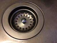 Abfluss verstopft: 8 Tipps / Hausmittel den Abfluss zu reinigen