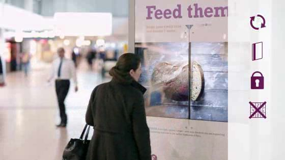 MISEREOR makes giving easier with an inventive poster that takes credit card. Agency: Kolle Rebbe Hamburg.