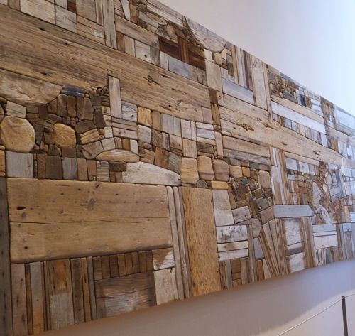 Driftwood Wall Mural by George morrison. Although you might think that this relativly small when you first look at it, it is in fact quite huge. A truely magnificent piece with loads of texture & detail. I could spend hours just getting lost in it ;)