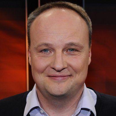 19.04: Oliver Welke, Komiker und Moderator