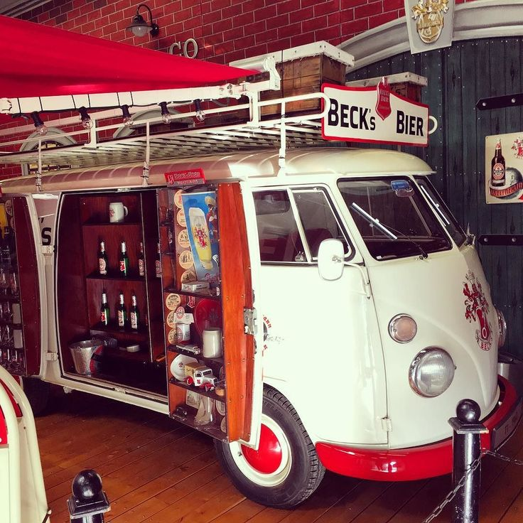 Have a drink at #Volkswagen #Commercial #Vehicle #Oltimer Collection in Hanover at this BECK's Bier VW T1 . #vw #commercialvehicle #heritage #vintagecar #museum #garage #van #car #auto #autovideoreview #bully #carsofinstagram #vwt1 #becks #specialvehicle