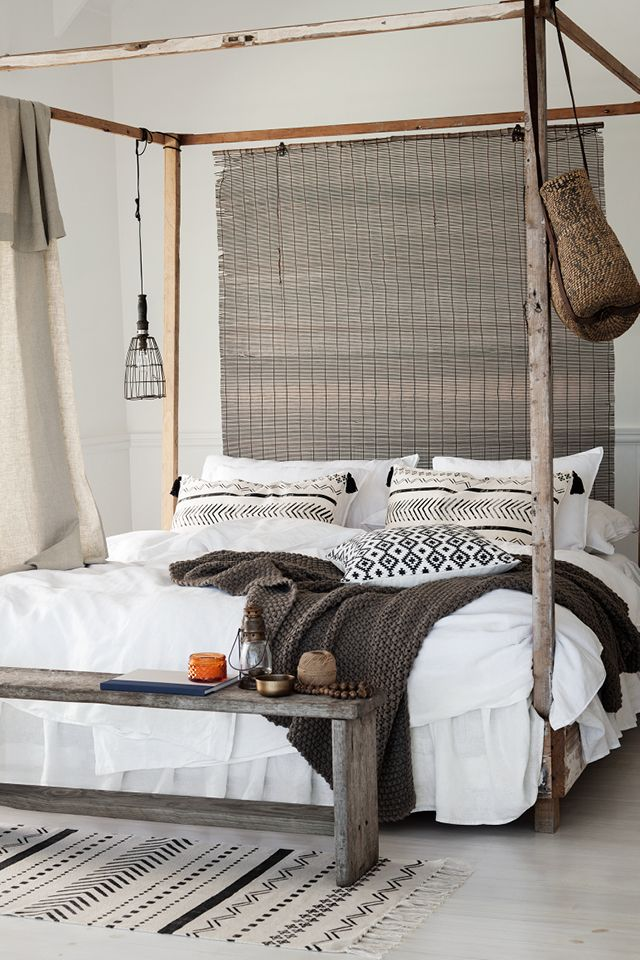 A ruggedly rustic bedroom interior 570 best Decor  Headboards Unique DIY images on Pinterest Bed