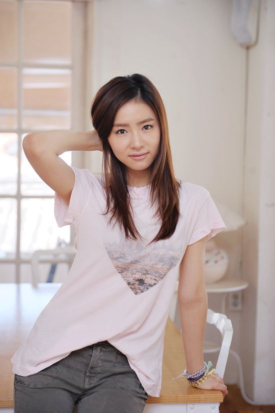 shin se kyung on Tumblr