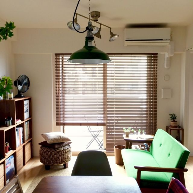 someday-5さんの、リビング,観葉植物,無印良品,ダイニングテーブル,カリモク,サイドテーブル,マンション,二人暮らし,カリモク60,ペンダントライト,…