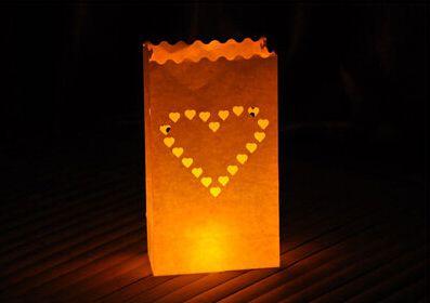 Ucuz 10pcs/lot kalp çay ışık tutucu Luminaria kağıt fener mum çanta Barbekü yılbaşı parti ev açık düğün dekorasyon, Satın Kalite Şenlikli & Parti Malzemeleri doğrudan Çin Tedarikçilerden: 10pcs/lot kalp çay ışık tutucu Luminaria kağıt fener mum çanta Barbekü yılbaşı parti ev açık düğün dekorasyon*pattern: k