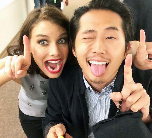 Lauren Cohan & Steven Yeun font des grimaces [Photo du jour]