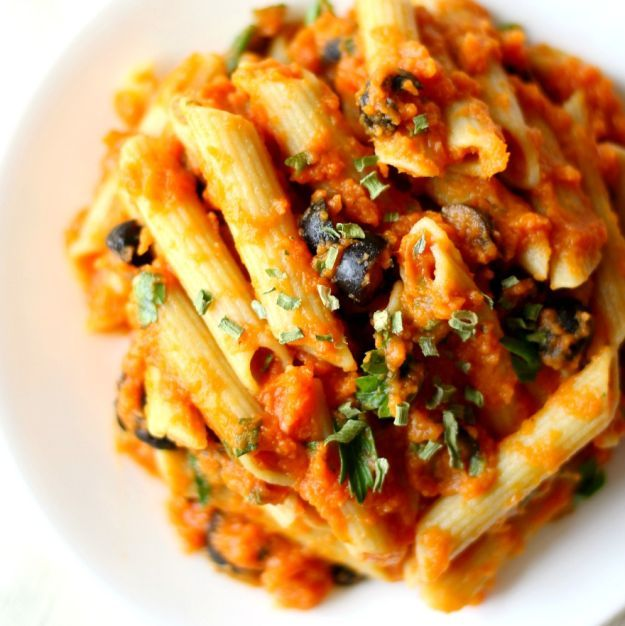 17 Thanksgiving Pasta Recipes You Need To Try! | http://homemaderecipes.com/17-thanksgiving-pasta-recipes/
