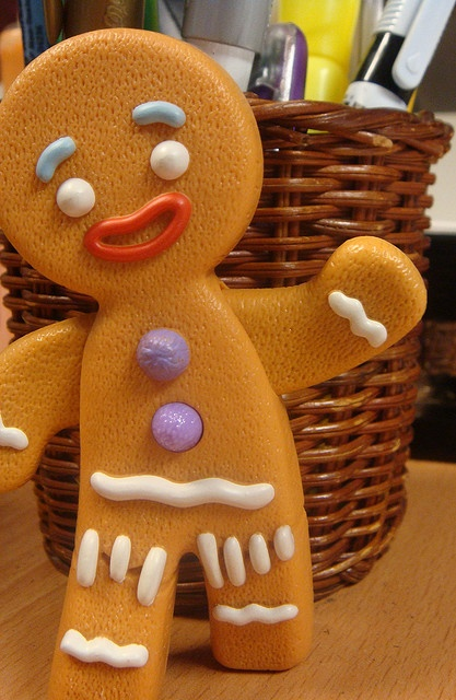 17 best images about gingy on pinterest shrek gingerbread man and fun stuff - Biscuit shrek ...