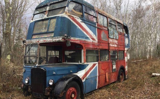 Double Decker Bus 1942 Leyland Titan With Images Double