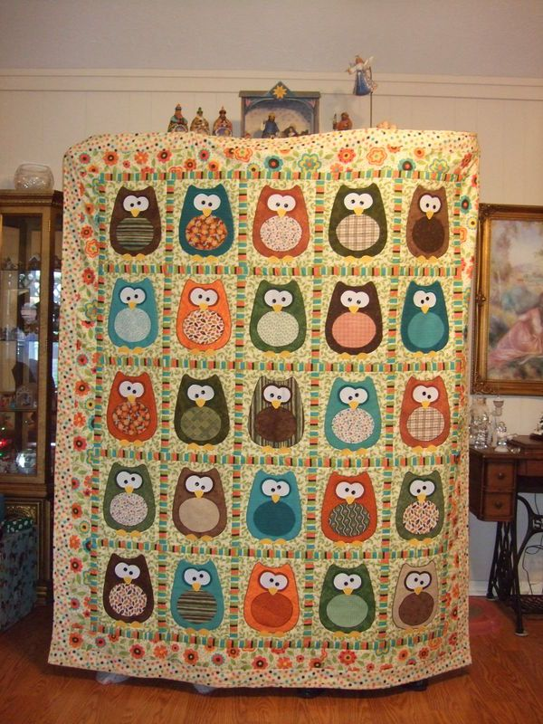 Owl Quilt...Love it!! I have this pattern (of course I do, duh), but I really can't wait to mzke one for myself with the word 'Hooter', on it..it's my nickname, given to me by my family.