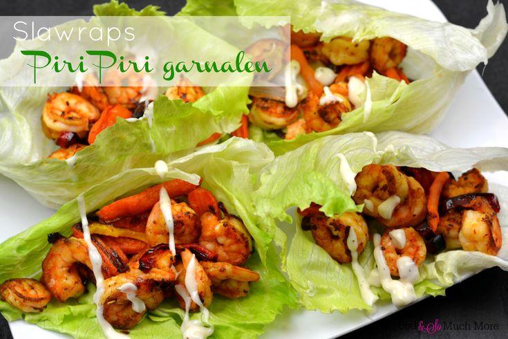 IJsbergsla en romanov sla zijn uitermate geschikt om te gebruiken als slawraps. Deze zijn heerlijk gevuld met piri piri garnalen. Lekker en gezond!