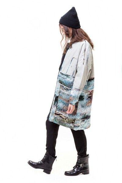 Munthe coat, Han Kjøbenhavn beanie