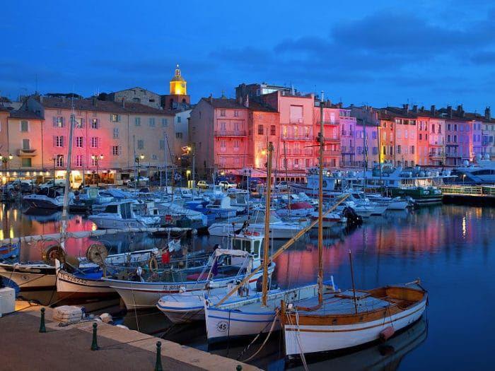 La Riviera Francesa es sin duda un lugar soñado para vacacionar y en estos 10 lugares encontrarás las razones de por qué. No te pierdas el #8!