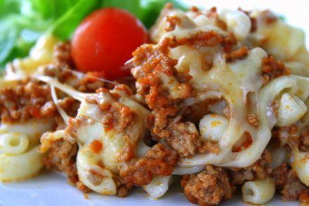 Mozzarellatoppad pastagratäng | Jennys Matblogg