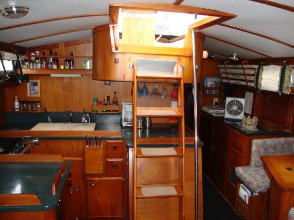 1987 Pearson 422 Center Cockpit Sail Boat For Sale Www Yachtworld Com Bluewater Dreams