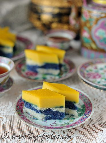 Gading Galoh may not be familiar to many but mention Kueh Sarlat or Seri Muka and most folks would have heard or eaten it before. Gading Galoh is the name adopted by the Malaccan Peranakans for thi…