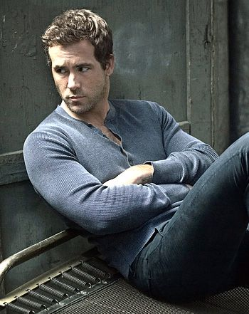 """Ryan Reynolds on Blake Lively, Babies: """"We'd Love to Have a Big Family"""""""