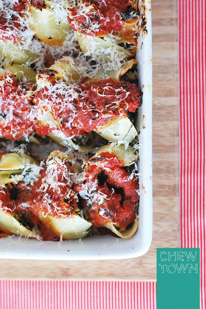 Baked Lumaconi with Spinach and Ricotta