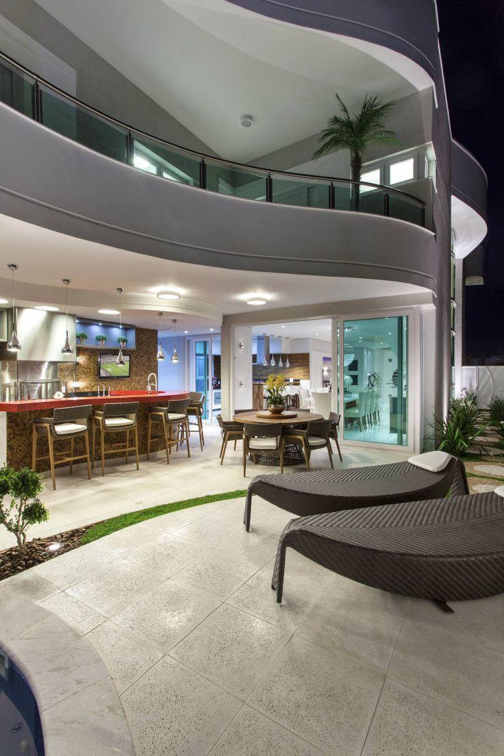 Casa de andar com fachada moderna e ambientes maravilhosos - entre e conheça! - Decor Salteado - Blog de Decoração e Arquitetura