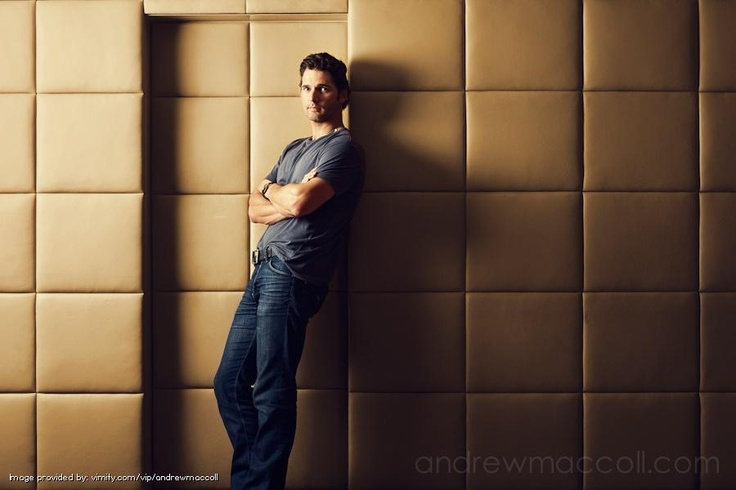 Eric Bana... Celebrity by andrewmaccoll - #Vimity http://www.vimity.com/vip/andrewmaccoll/portfolio/celebrity/#.com