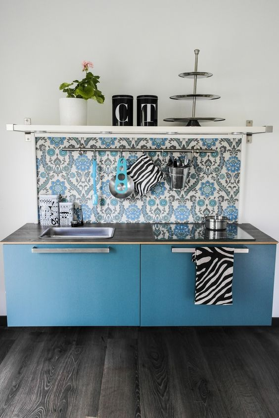 mommo design: HACK AND PLAY - Besta play kitchen