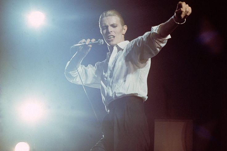 http://www.nme.com/photos/look-up-here-i-m-in-heaven-david-bowie-s-22-greatest-lyrics/396994?utm_source=facebook