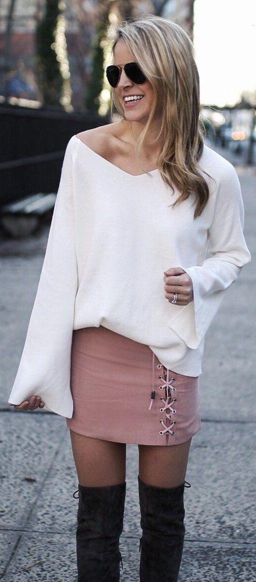 Белый Вязание / Розовая кожа сумка / Черный бархат ОТК сапоги                                                                              Источник