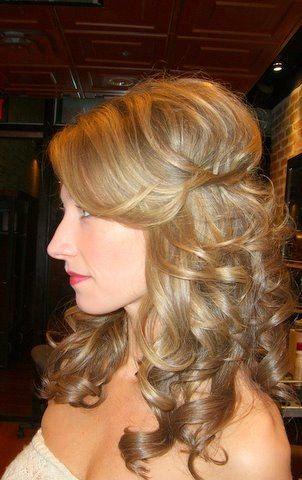 half up half down wedding hair, nice relle!