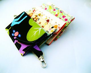All wrapped up: The Sandi ID Wallet Tutorial - a snap pouch with a secret ID pocket