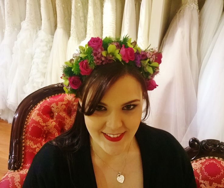 Spring Floral Headpiece Grande Moments Wedding Flowers www.grandemoments.com.au
