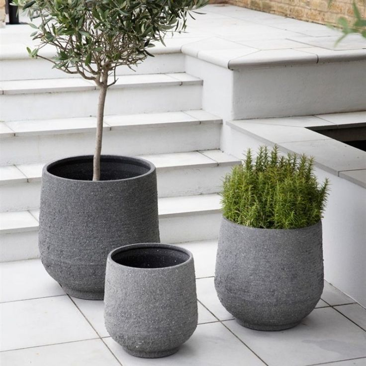 Diy wooden legs for basket planter aproudhome