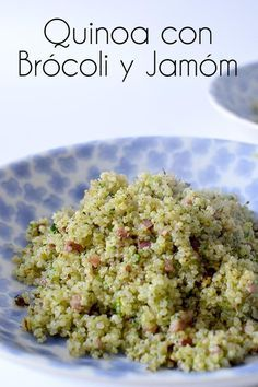 Esta receta de de quinoa esta muy sabrosa es muy rápida de hacer, el brócoli esta rayado así que se hace en un minuto!