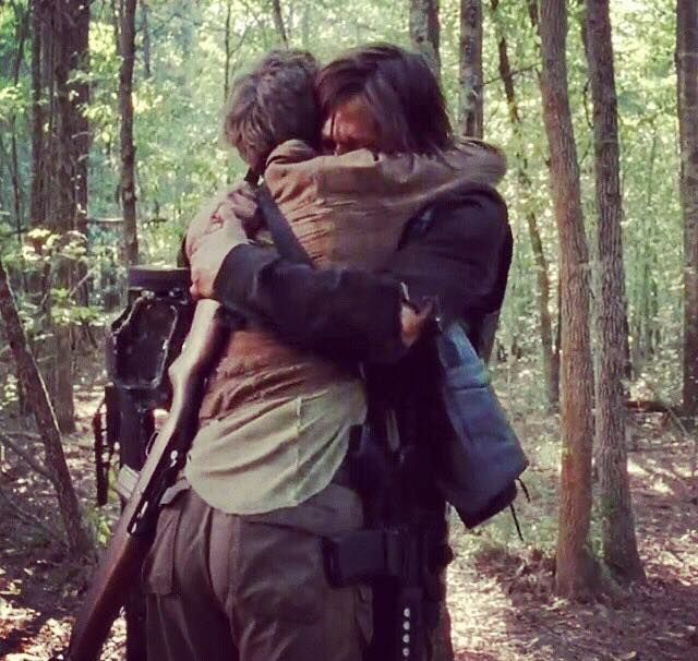 I love Daryl and Carol if the walking dead kills him of I will riot with signs and everything.