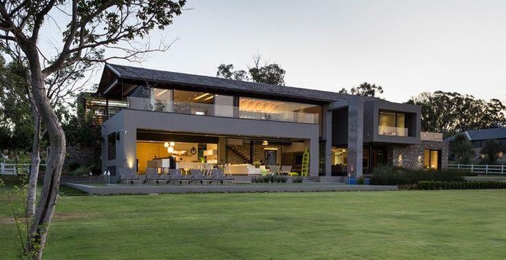 Exceptionnelle maison contemporaine sud africaine près d'un Golf, House Blair Atholl par  Nico van der Meulen Architects - Blair Atholl,, Afrique du Sud #construiretendance