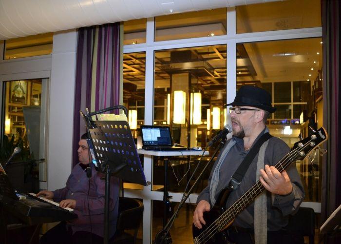 """Musikband """"Musik Promenade"""" und DJ Gold Musikgruppe und Moderation aus Herne in NRW, DJ Gold"""