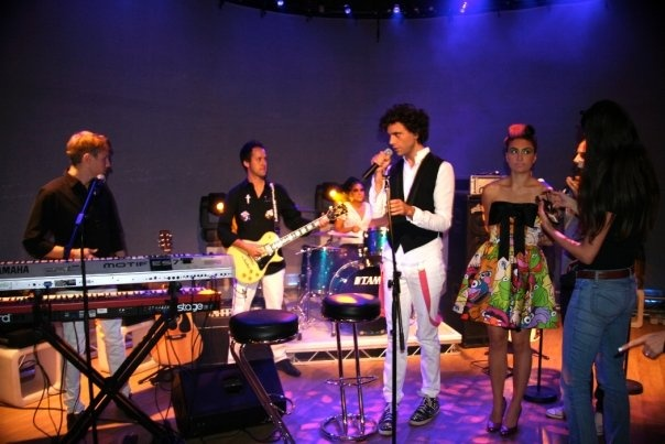 Mika and band 2009 - ???