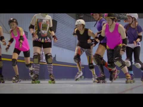 Girls Make Your Move – Roller derby - YouTube