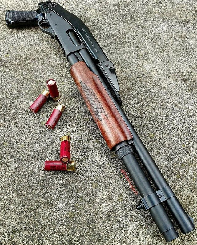 "Via @donluppo - Remington 870 12 gauge with ""Law Enforcement Only "" folding stock  via @gunfreaks"
