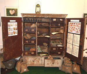 Saatgutschrank im Gärtnermuseum Wolfenbüttel ...