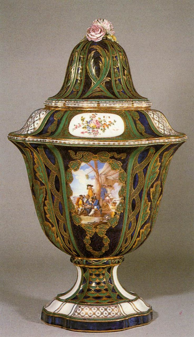 French Sevres Vase and cover 1758 Porcelain, height 49 cm Wallace Collection, London