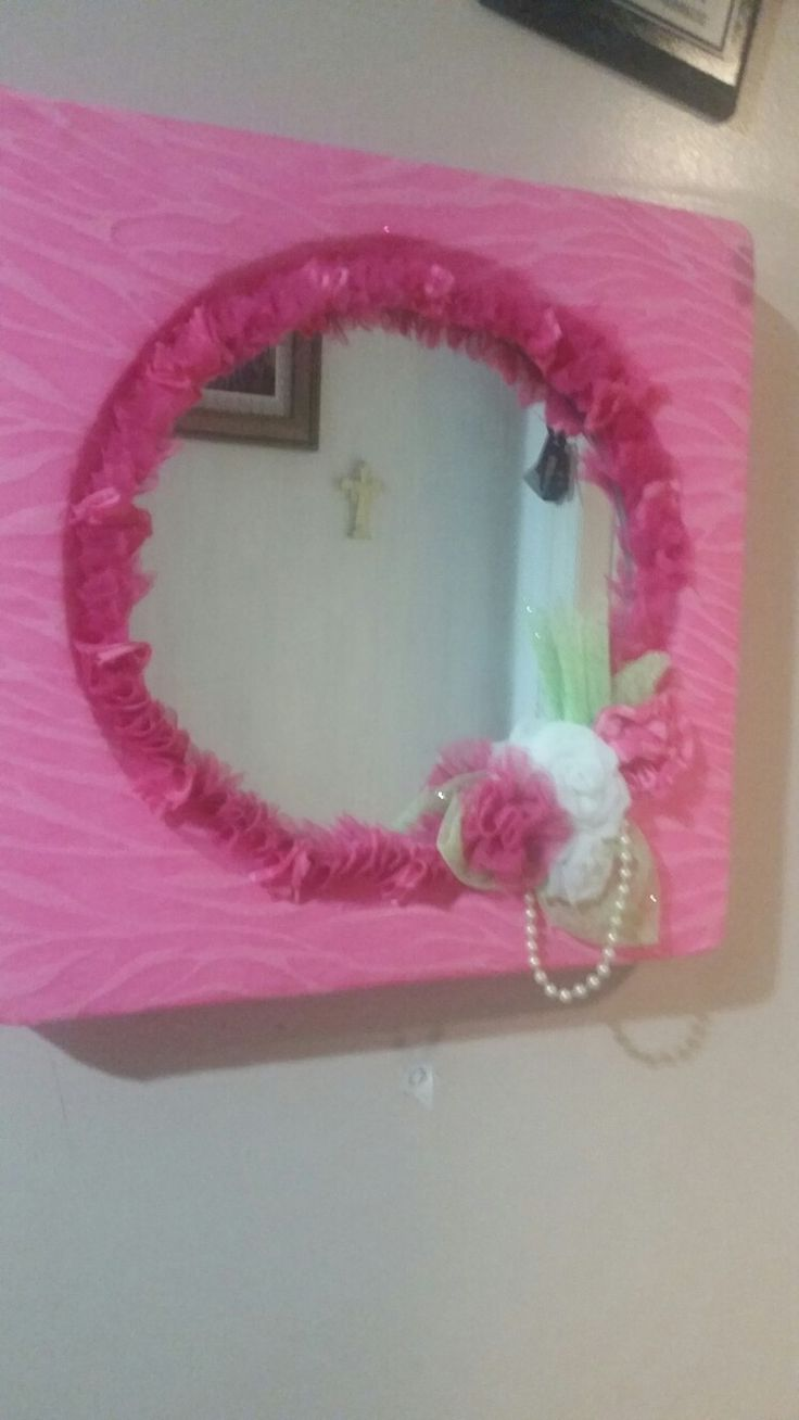 Decorated mirrow. Hot pink