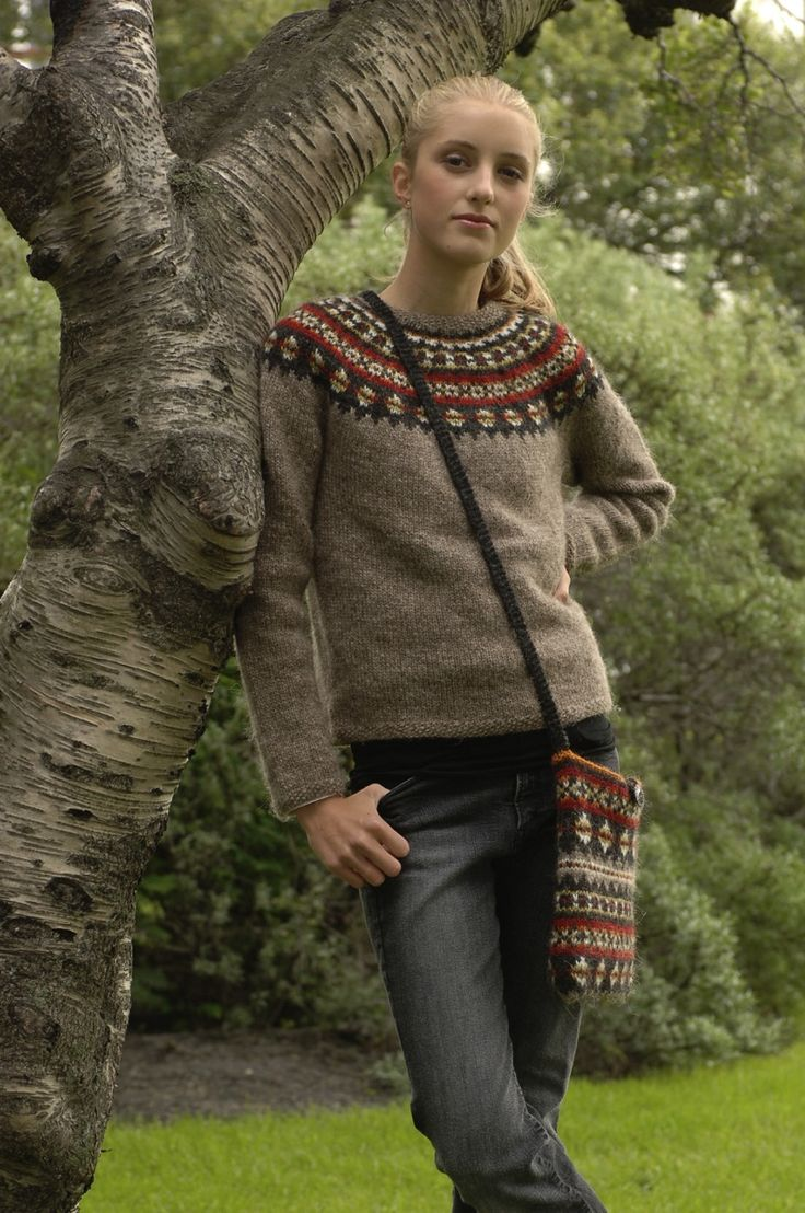#scarlettjohansson in #icelandic wool sweater AFTUR #freepattern #knitting