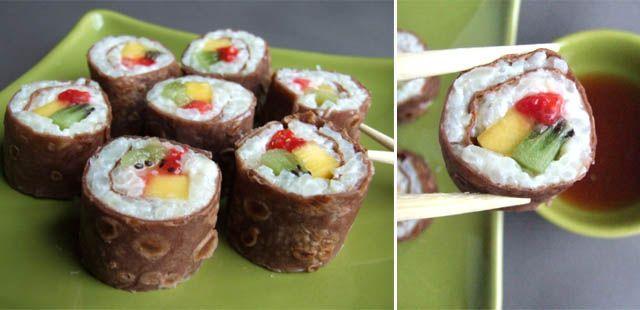 maki kiwi, fraise, mangue (base de riz au lait + crêpe au cacao)