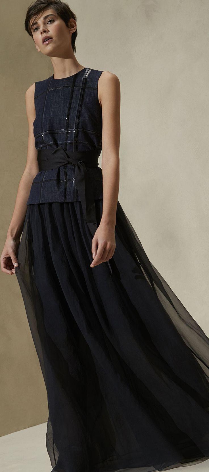 238 Best Vestido Elegante Images On Pinterest Outfits Black Gowns Lipstick Amalia Satin Dan Aneka Brunello Cucinelli S