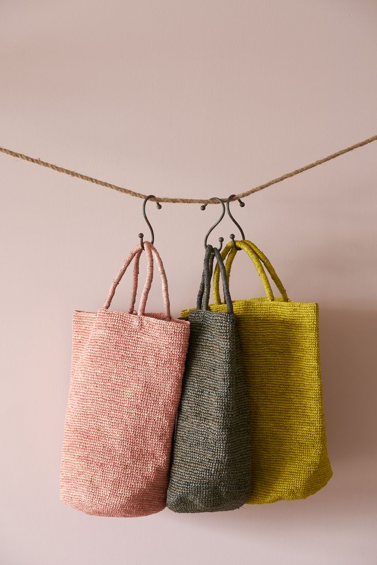 The Rafia Handbags are a new addition at Far + Wide, coming all the way from Madagascar. They are made of natural raffia palm leaf and feature a pocket on the inside.
