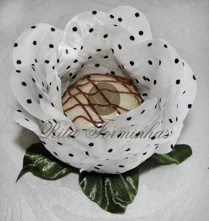 Forminha de Tecido - Formato de rosa - Estampada #Forminhas #Candy #Wedding