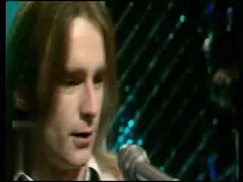 Status Quo - Caroline 1973 If you want to turn me on to Now anything you really want to Turn me on to your love Your love If the night time is the right time...