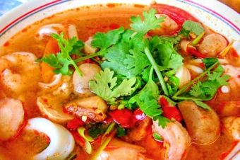 Banana Blossom - Thai https://munchado.com/restaurants/banana-blossom/9589?sst=a&fb=m&vt=s&svt=l&in=Oakland%2C%20CA%2C%20USA&at=c&lat=37.8043637&lng=-122.2711137&p=0&srb=r&srt=d&ovt=restaurant&d=0&st=d