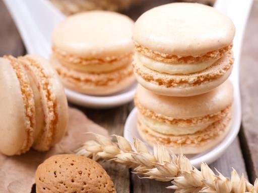 Macarons sur canapés