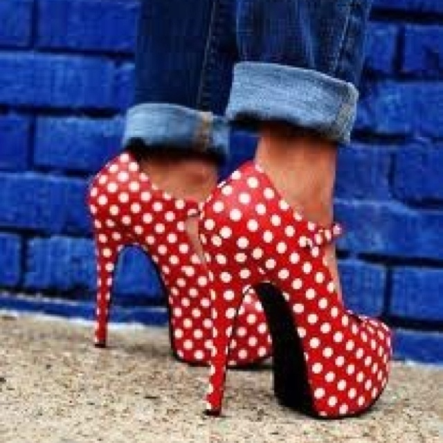 Pinup style polka dot heels. I would wear these with a dress.
